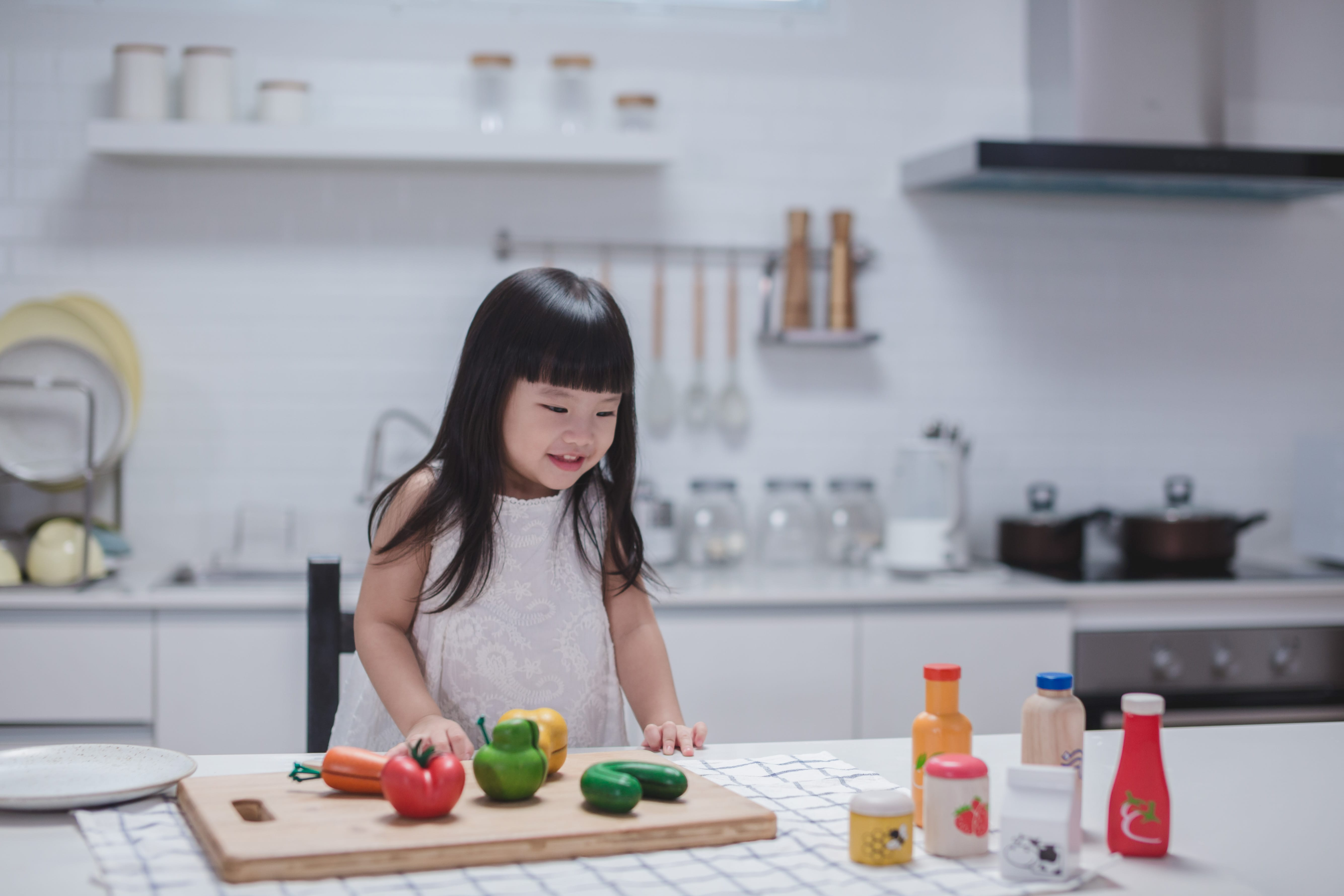 3432_PlanToys_FOOD_and_BEVERAGE_SET_Pretend_Play_Imagination_Language_and_Communications_Social_Fine_Motor_3yrs_Wooden_toys_Education_toys_Safety_Toys_Non-toxic_3.jpg