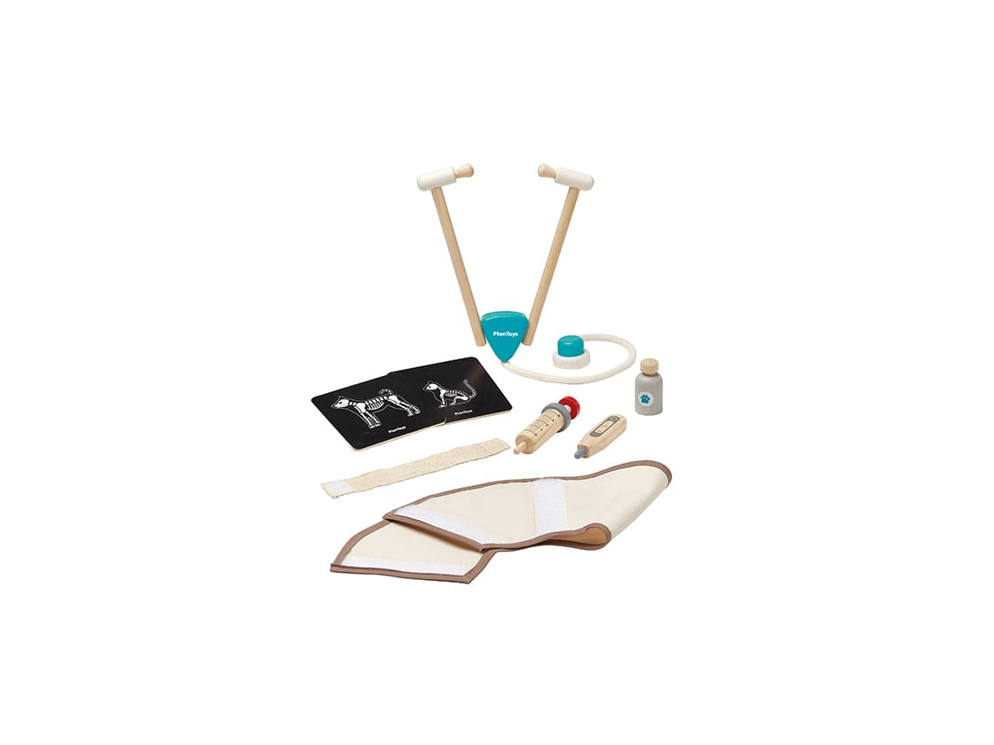 3490_PlanToys_VET_SET_Pretend_Play_Imagination_Social_Language_and_Communications_Coordination_Creative_Emotion_3yrs_Wooden_toys_Education_toys_Safety_Toys_Non-toxic_3.jpg