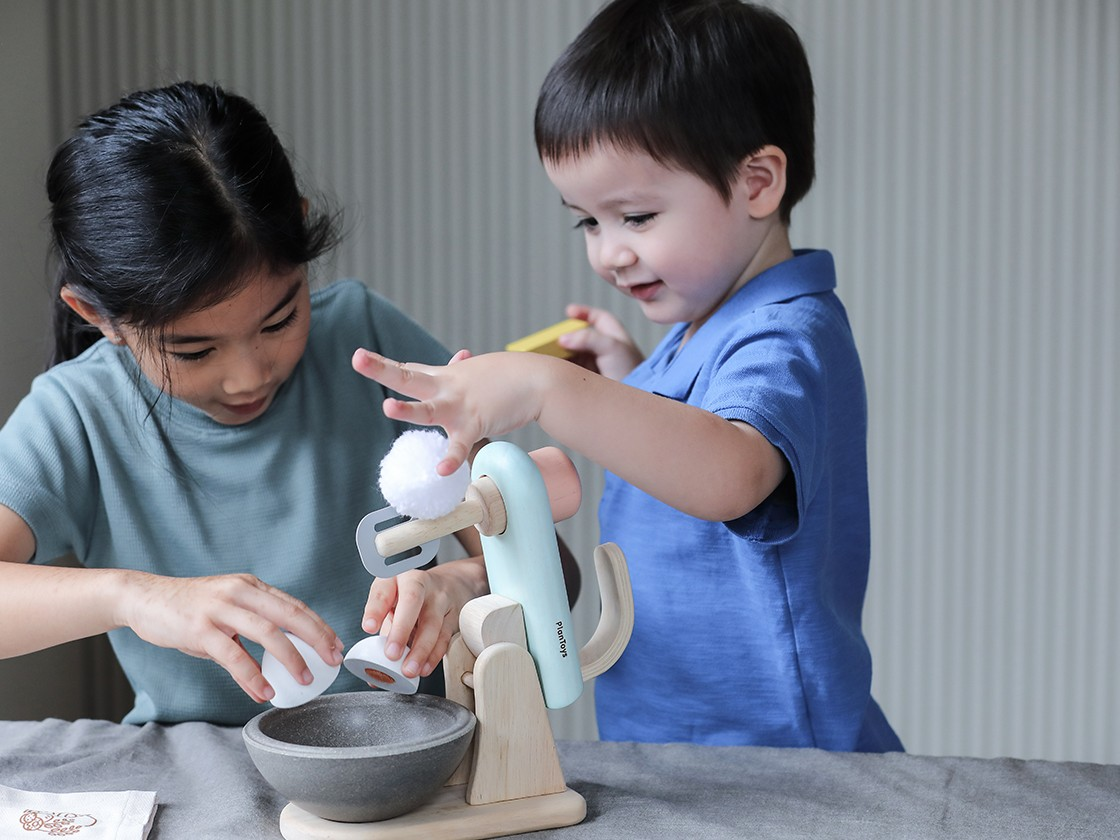 3624_PlanToys_STAND_MIXER_SET_Pretend_Play_2yrs_Emotion_Language_and_Communications_Imagination_Social_Coordination_Creative_Wooden_toys_Education_toys_Safety_Toys_Non-toxic_0.jpg