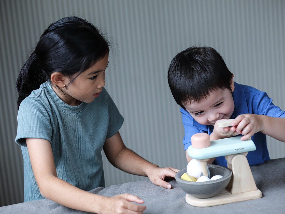3624_PlanToys_STAND_MIXER_SET_Pretend_Play_2yrs_Emotion_Language_and_Communications_Imagination_Social_Coordination_Creative_Wooden_toys_Education_toys_Safety_Toys_Non-toxic_3.jpg