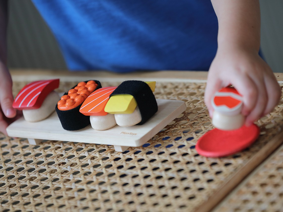 3627_PlanToys_SUSHI_SET_Pretend_Play_2yrs_Emotion_Musical_Imagination_Coordination_Wooden_toys_Education_toys_Safety_Toys_Non-toxic_4.jpg