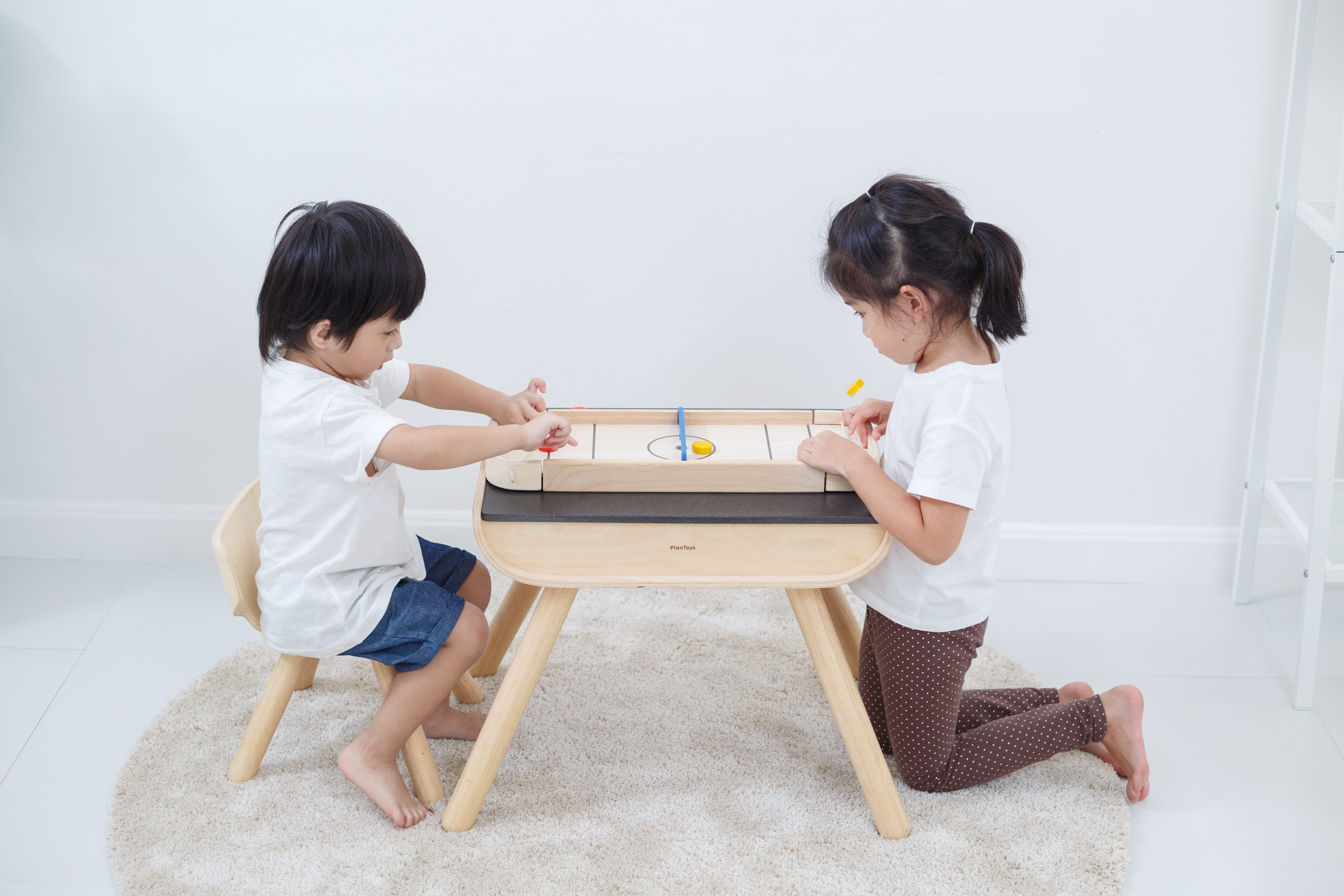 4626_PlanToys_2-IN-1_SHUFFLEBOARD-GAME_Game_and_Puzzles_Fine_Motor_Coordination_Social_Language_and_Communications_Mathematical_3yrs_Wooden_toys_Education_toys_Safety_Toys_Non-toxic_2.jpg