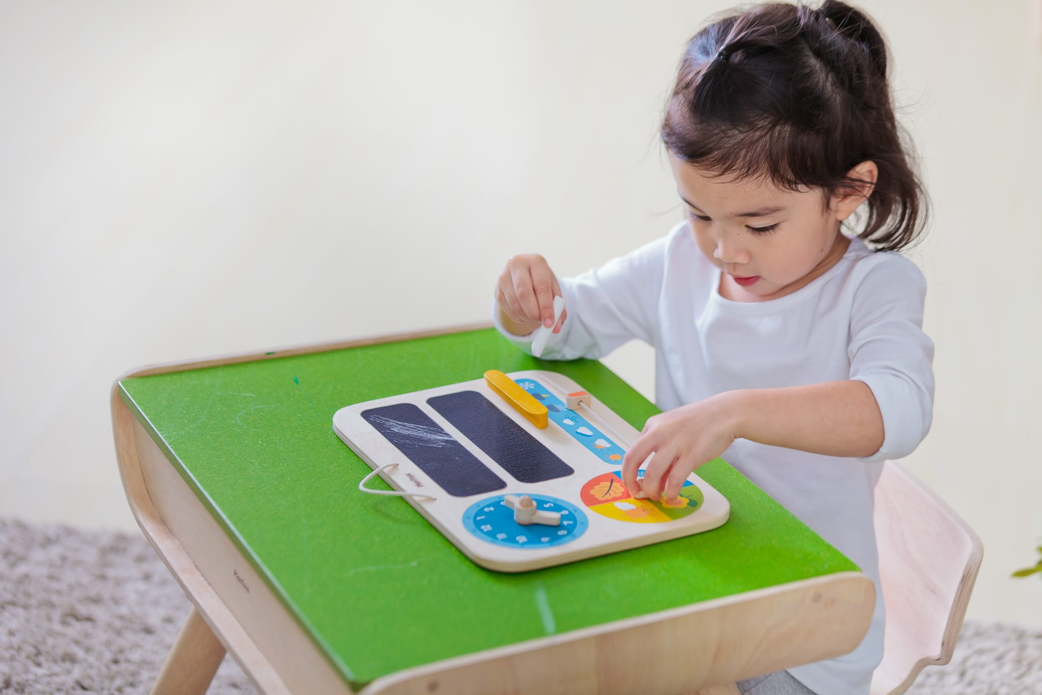 5359_PlanToys_MY_FIRST_CALENDAR_Learning_and_Education_Mathematical_Language_and_Communications_Explore_Fine_Motor_3yrs_Wooden_toys_Education_toys_Safety_Toys_Non-toxic_4.jpg