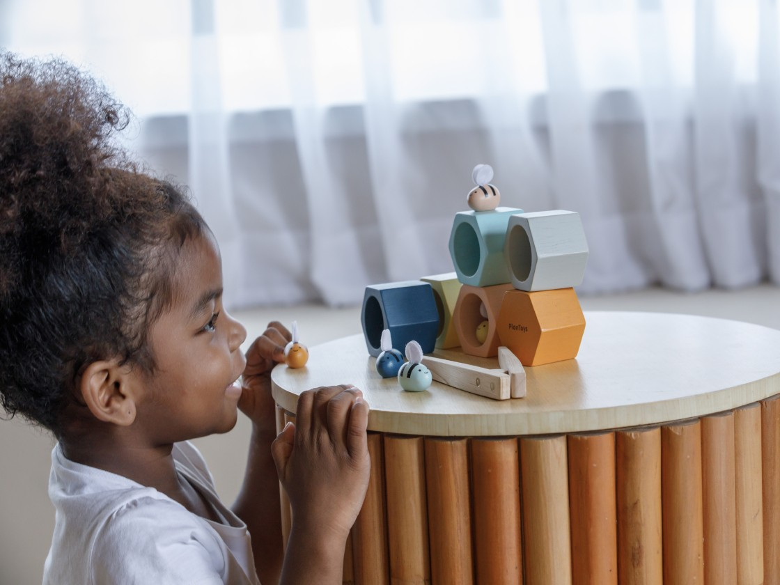 5410_PlanToys_Beehives_-_Orchard_Series_Learning_and_Education_3yrs_Fine_Motor_Language_and_Communications_Coordination_Concentration_Creative_Mathematical_Wooden_toys_Education_toys_Safety_Toys_Non-toxic_8.jpg