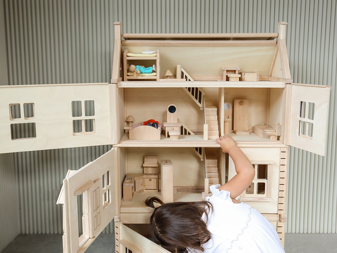 7338_PlanToys_VICTORIAN_DOLLHOUSE__-_BASEMENT_FLOOR_Pretend_Play_3yrs_Emotion_Imagination_Social_Coordination_Wooden_toys_Education_toys_Safety_Toys_Non-toxic_7.jpg